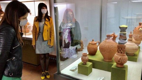 La consejera de Cultura afirma que Cáceres Abierto acerca el conocimiento del arte contemporáneo a toda la ciudadanía
