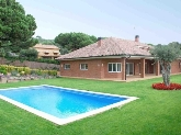 Chalets, adosados con piscina, patio, casas con patios