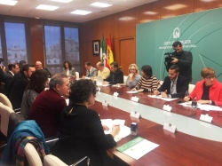 LA LINEA:  EL AYUNTAMIENTO SE ADHIERE AL ACUERDO INSTITUCIONAL POR LA INFANCIA Y ADOLESCENCIA PROMOVIDO POR DIPUTACION