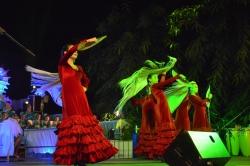 San Roque:  Arranca la Feria de Estación con el brillante acto de Coronación de Daniela Pérez y Paula Gomar