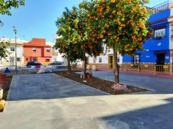 La Línea:  El alcalde inspecciona las obras de mejoras que se realizan en la plaza Mondejar y zonas aledañas