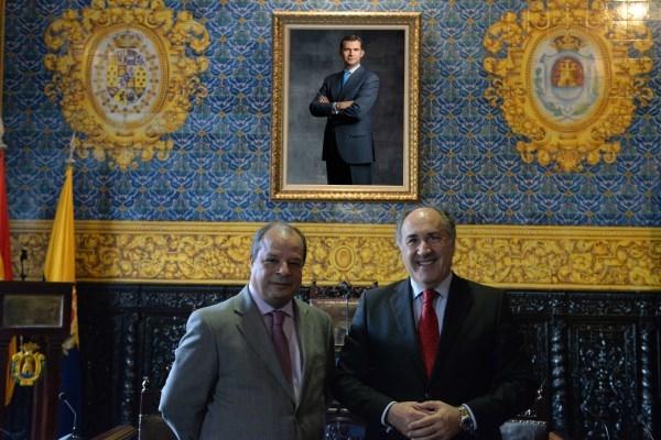 Algeciras: El recién nombrado cónsul general de Marruecos, recibido por Landaluce en el Ayuntamiento