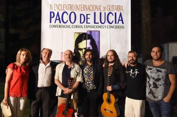 Algeciras: Arcángel ofrece su concierto en honor a Paco de Lucía