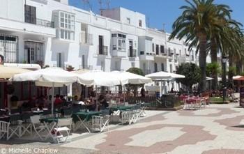 Tarifa: El Campo de Gibraltar se desploma turísticamente en la primera quincena de julio