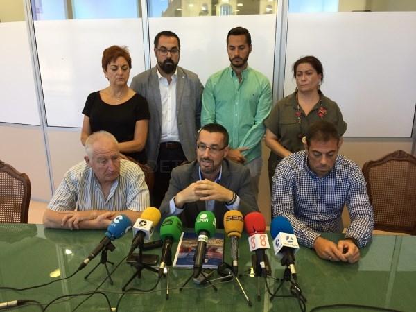La Línea:  Juan Franco rompe con la gestión que Mancomunidad desarrolla frente al Brexit. El alcalde defiende la supervivencia de La Línea al margen d