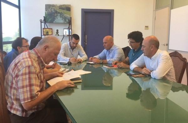 La Línea:  El alcalde informa a los portavoces municipales de las gestiones de medidas anti Brexit con diferentes administraciones