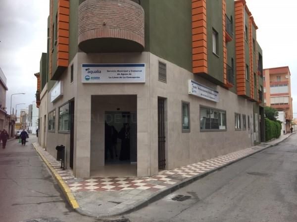 LA LíNEA:  EL ALCALDE MANTIENE UNA REUNIóN DE CONTROL CON AQUALIA PARA ATAJAR PROBLEMAS