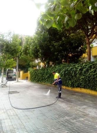 La Línea:  El Ayuntamiento saca a licitación un contrato de servicio de apoyo para la limpieza de los colegios públicos