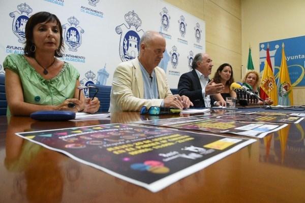 """Algeciras: El alcalde presenta la fiesta de fin de verano organizada por """"Barrio vivo"""""""