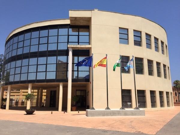LA LíNEA:  EL AYUNTAMIENTO SACA A LICITACIóN EL CONTRATO DEL SERVICIO DE AYUDA A DOMICILIO MUNICIPAL Y DE LA LEY DE DEPENDENCIA