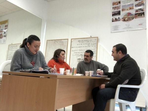 ALGECIRAS: ZARZUELA Y RUIZ SE REúNEN CON VECINOS DE LA CASITA DE LAS PALOMAS PARA CONCRETAR MEJORAS EN EL ALUMBRADO