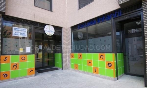 Escuela infantil lluvia de letras centros de educaci n for Escuela danza san sebastian de los reyes