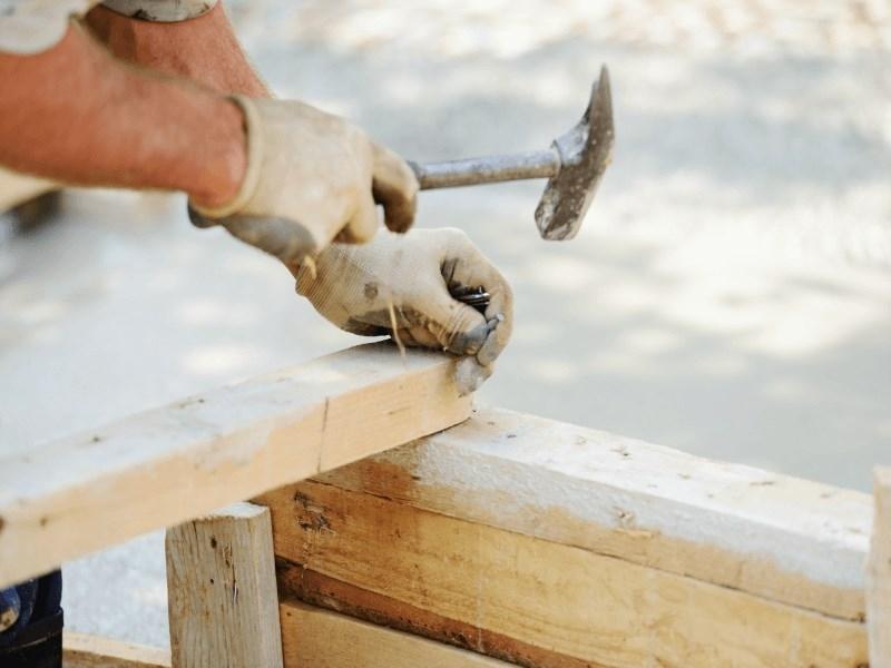 Herramientas y materiales para profesionales y particulares