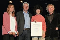 Mario García Obrero recibe el Premio Félix Grande de la Universidad Popular de San Sebastián de los Reyes el Día Mundial de la Poesía