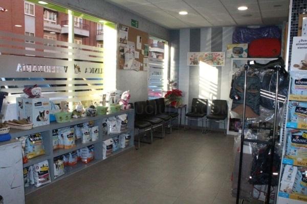 Clínica veterinaria San Antón - 616 678 964  Urgencias