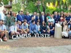 El ministro Josep Borrell participa en el curso de verano de Campus Yuste sobre los desafíos de la Unión Europea.