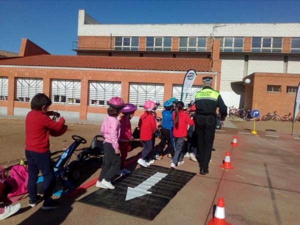 Emergencias renueva los Parques Infantiles de Tráfico.