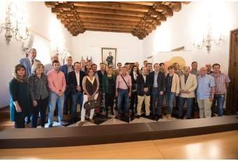 La presidenta se ha reunido con los representantes de las comarcas.