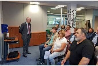La Presidenta de la Diputación de Cáceres traslada a Bruselas el problema de la despoblación.