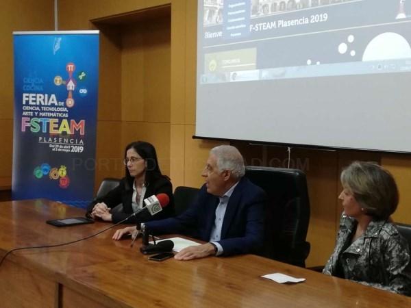 Unos 3.000 estudiantes y docentes de toda Extremadura asistirán a la Feria STEAM 'Ciencia y Cocina' .