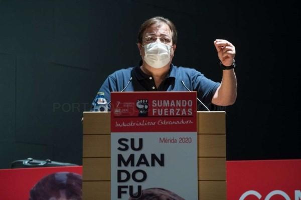 Fernández Vara reivindica el papel de los sindicatos en el escenario de dificultad en el que se encuentra la región