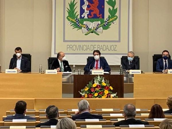 La Junta cree necesaria y positiva la cooperación sanitaria a ambos lados de la frontera portuguesa