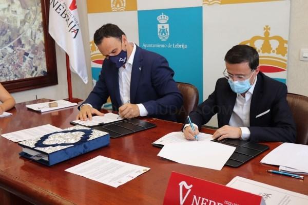 La Diputación de Badajoz y el Ayuntamiento de Villanueva se suman a la conmemoración del V centenario de la muerte de Nebrija, autor de la primera gra