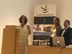 La Junta de Extremadura pone en marcha una formación pionera en la región sobre comercialización turística.