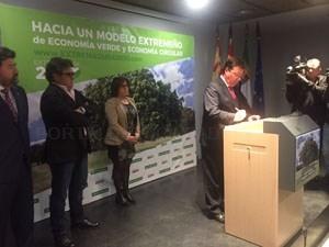 Se ha firmado en Cáceres el acuerdo para la construcción de una Estrategia de Economía Verde y Circular para Extremadura 2030