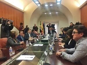 Las Diputaciones de Badajoz y Cáceres se adherirán al Pacto Social y Político por el Ferrocarril