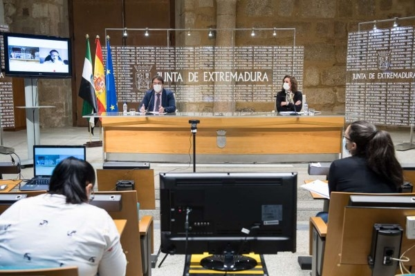 El Consejo de Gobierno acuerda el cierre perimetral de Hervás, Alcuéscar y Arroyomolinos por la Covid-19