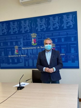 El alcalde de Badajoz pide