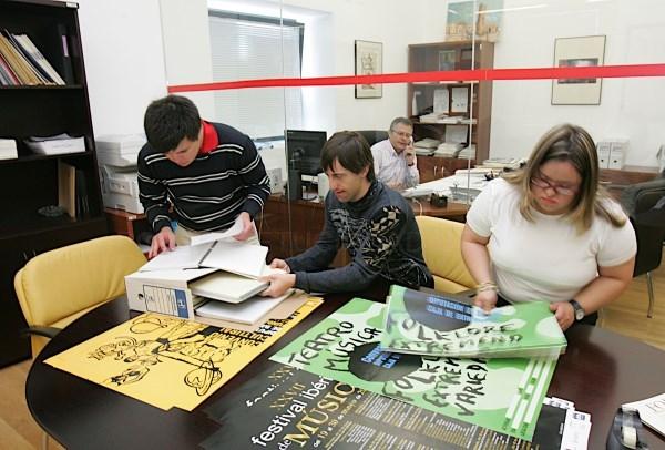 Se suspende el primer ejercicio de Auxiliar de Administración General, turno de discapacidad intelectual, en la Diputación de Badajoz