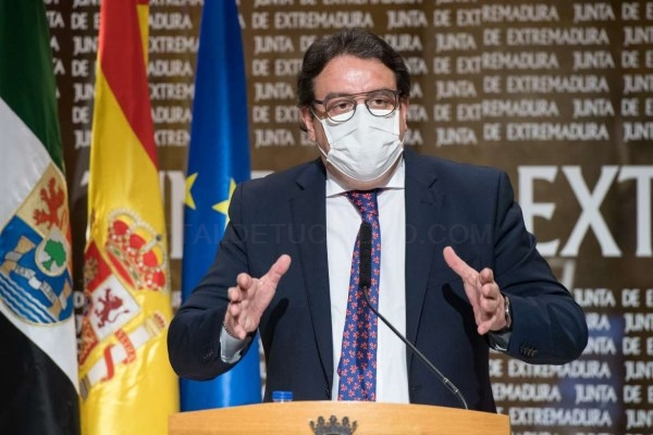 Extremadura amplía el cierre de comercios y hostelería a las poblaciones de más de 3.000 habitantes