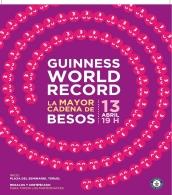 Record Guinness de la cadena de besos más larga