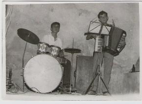 1963-Joaquín Marquina y José María
