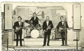 1970-Salón en Cella