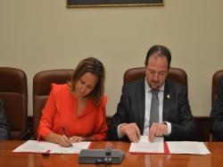 Diputación de Teruel y Gobierno de Aragón invertirán 400.000 euros en la mejora de 61 centros docentes de la provincia