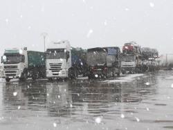 Concluye con éxito la movilización de los camiones y turismos retenidos en Teruel