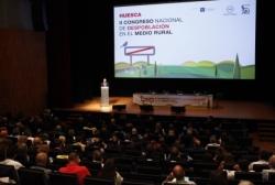 Lambán insta a aprovechar los recursos del medio rural de forma inteligente para combatir la despoblación,con planteamientos éticos y medioambientales