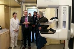 LAS UNIDADES MOVILES DEL PROGRAMA DE DETECCION PRECOZ DEL CANCER DE MAMA CUENTAN YA CON NUEVOS MAMOGRAFOS