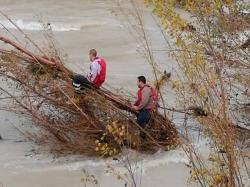 Rescatados dos campistas en el río Bergantes tras pasar cuatro horas agarrados a una rama