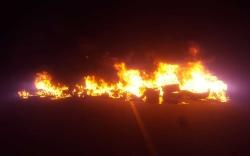 Los mineros queman neumáticos en la carretera de Alloza