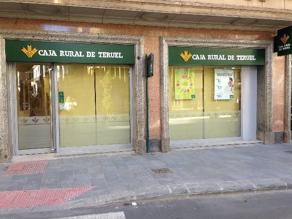 Caja rural de teruel inaugura una nueva oficina en for Caja rural de teruel oficinas