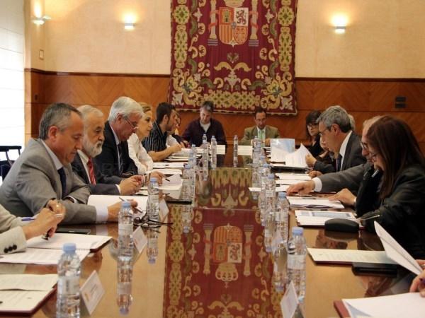 EL PLAN ESPECIAL DE EMPLEO PARA ARAGóN DESTINó 821.348 EUROS PARA 82 ENTIDADES DE LA COMUNIDAD