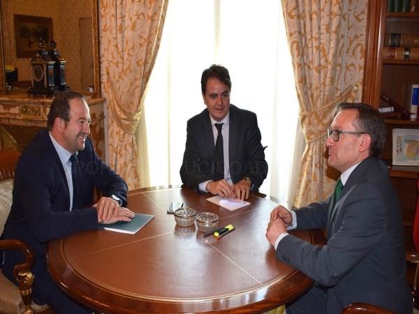 La Diputación de Teruel da un paso en firme para  acercar los problemas de la provincia al Gobierno  Central y buscar posibles soluciones