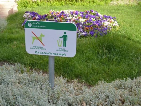 El Ayuntamiento podrá multar a partir de 150 euros por no recoger los excrementos de animales