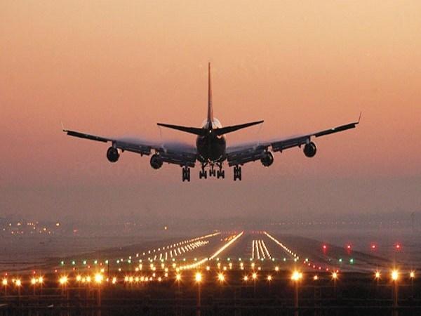 EL AEROPUERTO DE TERUEL RECIBE AUTORIZACIóN PARA OPERAR CON VUELOS NOCTURNOS A DEMANDA