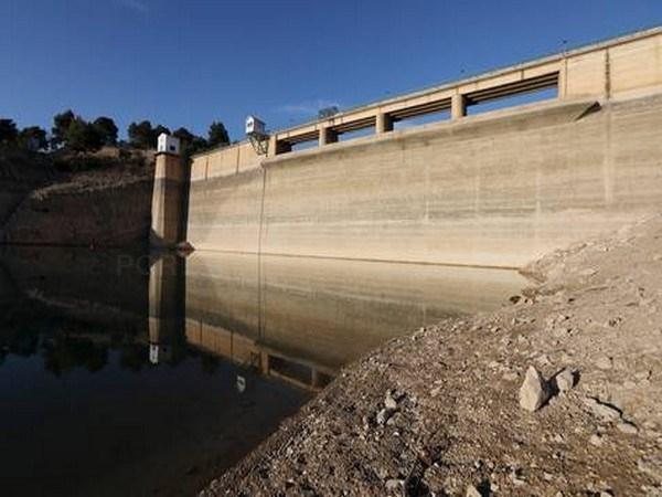 La Confederación del Júcar incrementa el control del regadío con agua del Guadalaviar debido a la sequía