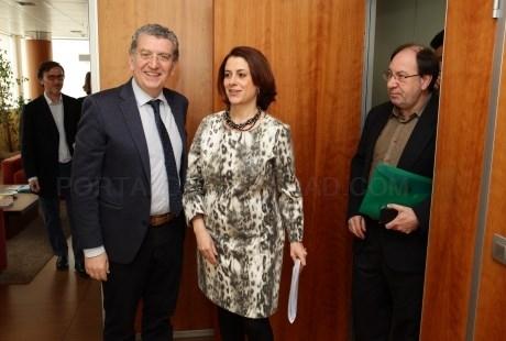 Celaya se reúne con la alcaldesa de Teruel y representantes de los grupos municipales